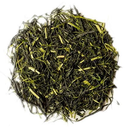 荒茶とは茶畑でとれたままのお茶のことです